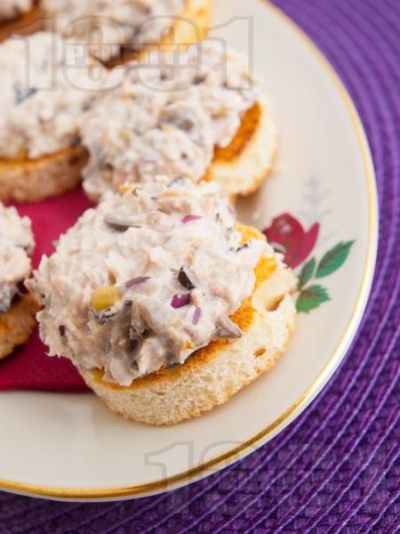 Апетитни хапки с риба тон - снимка на рецептата